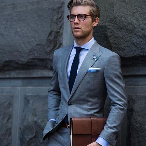 grauer anzug krawatte die besten 25 graue anz 252 ge ideen auf grauer anzug hochzeit graue br 228 utigamsanz 252 ge