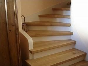 Marche D Escalier En Chene : marches d 39 escalier en bois huil contremarches et plinthes pein photo de bricolage ~ Melissatoandfro.com Idées de Décoration