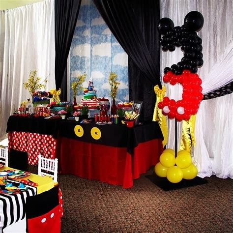 Mickey And Minnie Balloon Decorations - 21 best mickey minnie mouse balloon decorations images
