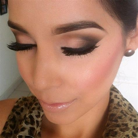 Attractive Winged Smokey Eye Makeup Looks For