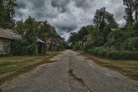 abandoned towns 28 freaky ghost towns you can visit pics matador network