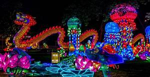 Your Guide To The Philadelphia Chinese Lantern Festival 2017