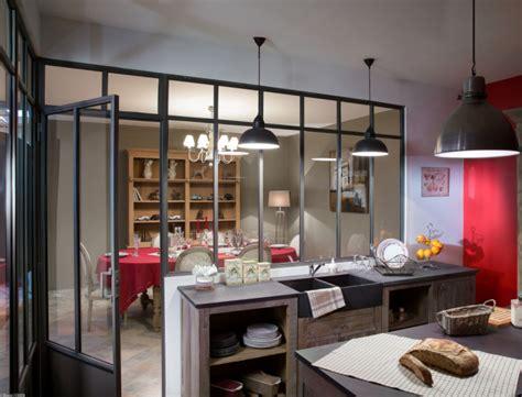 atelier cuisine etienne une verrière esprit atelier d artiste femme actuelle