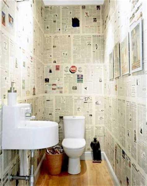 beton cire sur carrelage de cuisine du papier peint journal pour la deco des wc