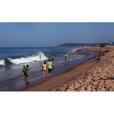 Candolim Beach at noon....finest beach of North Goa