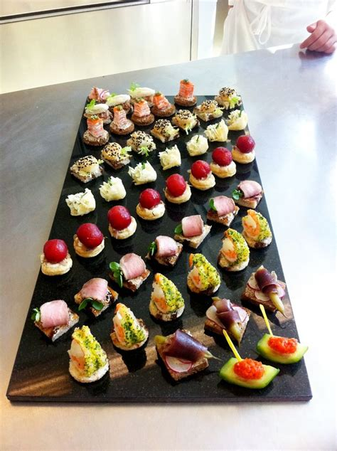 canape platters hors d 39 oeuvres platters i like this display 1920s