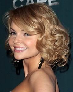 Medium Length Wavy Hairstyles CircleTrest
