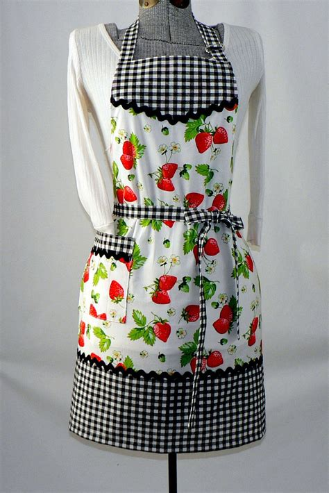 Kitchen Aprons by S Retro Kitchen Apron Chef S Apron Gingham