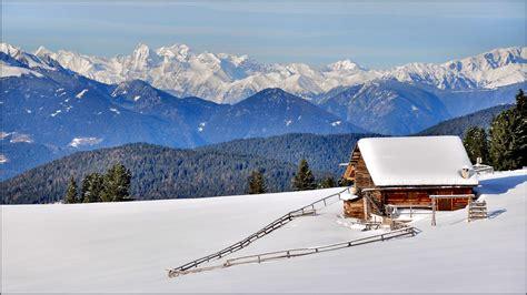 Dolomiti Val Di Funes White Paradise Wallpaper