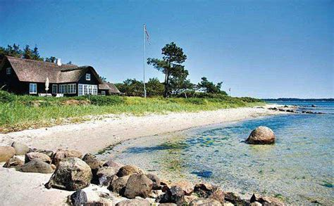 ferienhaus kaufen dänemark traumhaftes ferienhaus d 228 nemark direkt am meer maritimer urlaub machen vacation trips