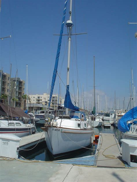 Sailboat Vancouver by Vancouver Offshore 25 1983 Marina Del Rey California