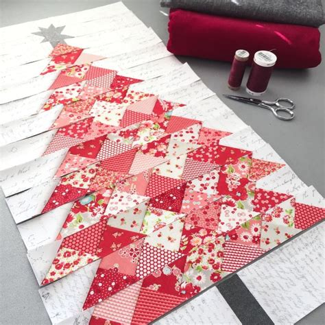 940 best christmas quilts images on pinterest christmas