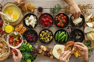Why Eating According To Your Hormones Could Be Key To Boosting Weight Loss And Reducing Anxiety