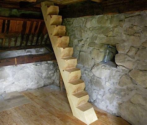 escalier en rondin de bois le pin sdylvestre