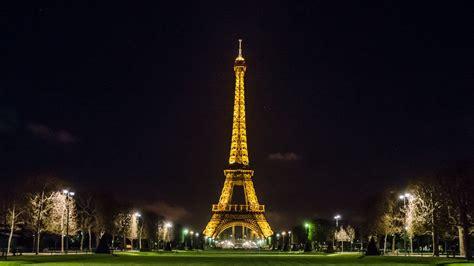 Eiffel Wallpaper by Eiffel Tower Wallpapers Best Wallpapers