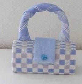 Servietten Falten Tasche : geschenk tasche handtuch tasje van keukenhanddoek theedoek en washandje geschenktes ~ Orissabook.com Haus und Dekorationen