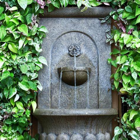 comment int 233 grer une fontaine dans votre jardin am 233 nager ma maison