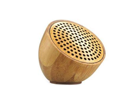 bluetooth lautsprecher holz bambus lautsprecher mit logogravur smartphone werbeartikel