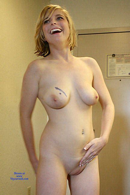 Gorgeous Naked Blonde September Voyeur Web Hall Of Fame