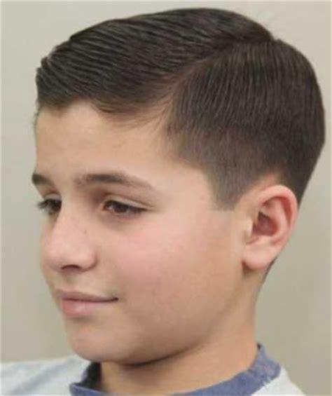 caritaulewatsifahri  model gaya rambut undercut