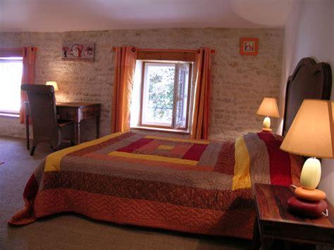 chambre d hote surgeres 17 chambre d 39 hôtes à chambon 7 personnes location chambre d