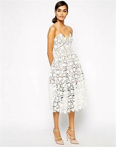 self portrait self portrait azaelea midi dress in With self portrait robe