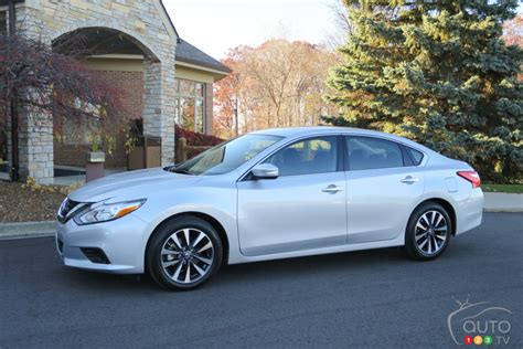 2016 Nissan Altima by 2016 Nissan Altima Drive Car Reviews Auto123