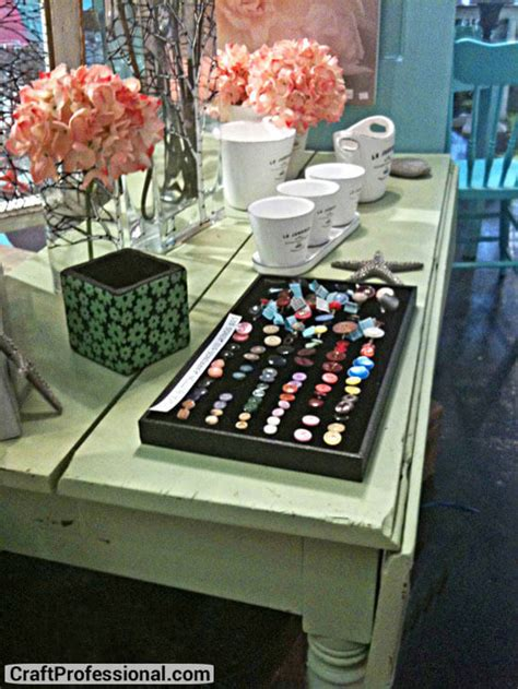 retail store displays  craft booth ideas