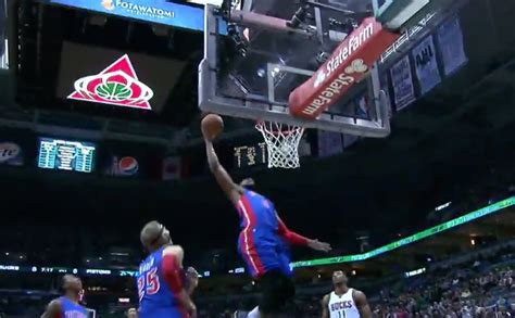 Brandon Jennings Throws Off-the-Backboard Lob to Andre ...
