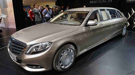 Mercedes-maybach S600 Pullman Makes Its Debut In Geneva