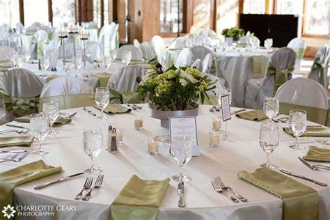 Wedding Table Proportional Invited Guests Added Comfort