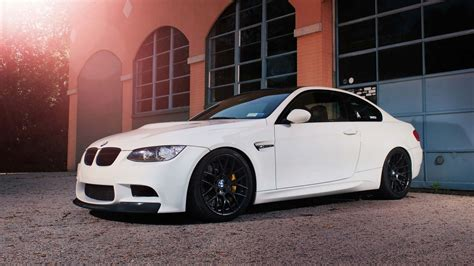 Hd Bmw Car Wallpapers 1080p 2048x1536 Resolution by Bmw M3 White Hd Bmw Wallpapers For Mobile And Desktop