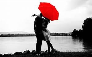 Sweet and romantic couple under umbrella - New hd ...