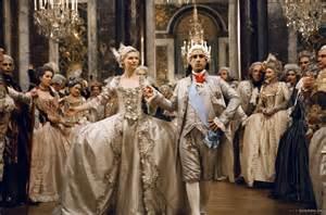 robe de mariã e versailles antoinette feel no context historical histrionics