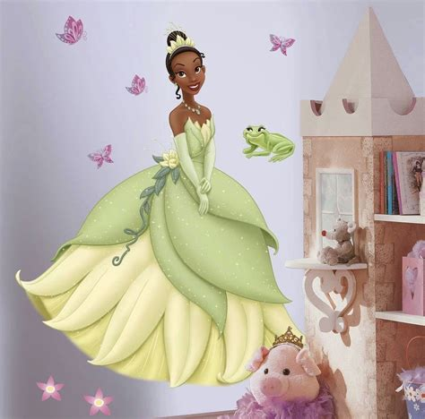 bedroom decor ideas and designs how to decorate a disney 39 s princess themed bedroom the
