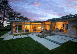 Modern Ranch Home Designs Ideas Photo Gallery by Mid Century Ranch House In Montecito With Indoor Outdoor