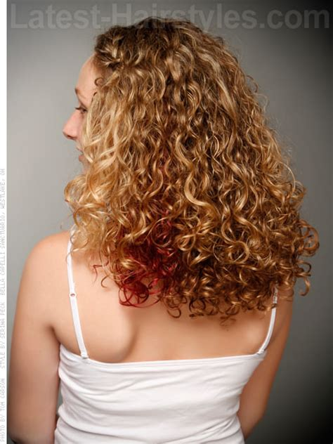 long curly hairstyle  pops  color  view