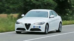 Essai Alfa Romeo Giulia : galerie photo essai alfa romeo giulia 2016 ~ Medecine-chirurgie-esthetiques.com Avis de Voitures