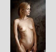 Celebrities Radha Mitchell High Quality Porn Pic Celebrities Online Mobile Porn Video