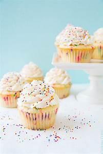 Cupcakes | via Tumblr - image #2114059 by taraa on Favim.com