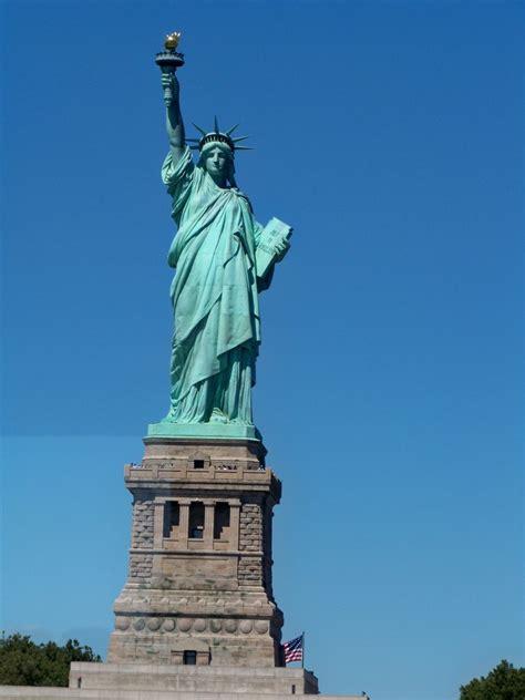 estatua da liberdade nova york guia de nova york