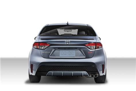 Toyota Gli 2020 by Photo Comparison 2020 Toyota Corolla Sedan Vs 2014