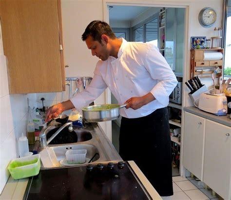 un chef dans votre cuisine top chef à domicile toutpourlesfemmes