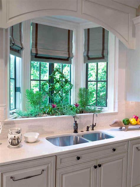 ideas to decorate a bathroom best 25 kitchen bay windows ideas on kitchen