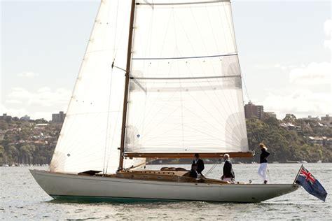 photo  dressed crew scuttlebutt sailing news