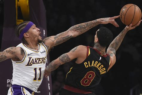 lakers  cavaliers final score lack  effort leads