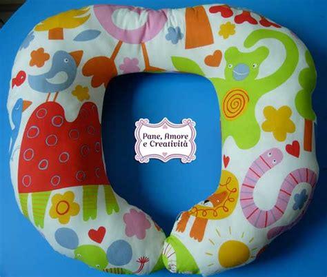 cuscino per e allattamento come cucire un cuscino per allattamento tutorial e