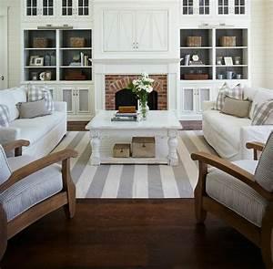 Decoration Bord De Mer Pas Cher : meubles style bord de mer latest idees deco couleurs tendance vitrine bois blanc style plage ~ Teatrodelosmanantiales.com Idées de Décoration