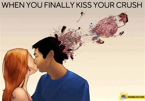 finally kiss  crush starecatcom