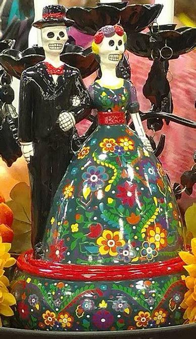 calaca skeleton figurine scentsy warmer day   dead